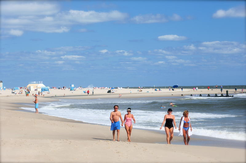 attractive beach of cape may in city new jersey us hd free